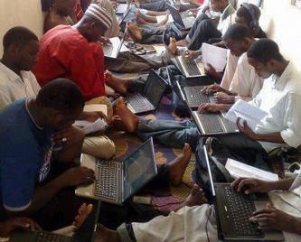 les brouteurs, escrocs cybernétiques sur internet
