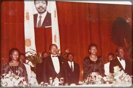 Paul Biya, première visite à Douala en tant que président