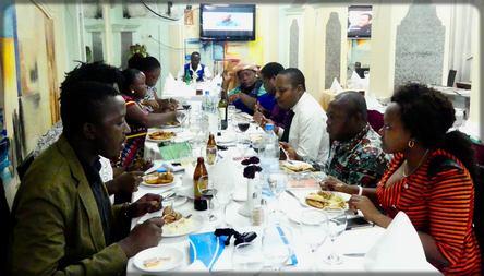 un dîner entre l'ONU et les blogueurs camerounais
