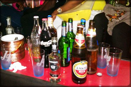 bières sur la table