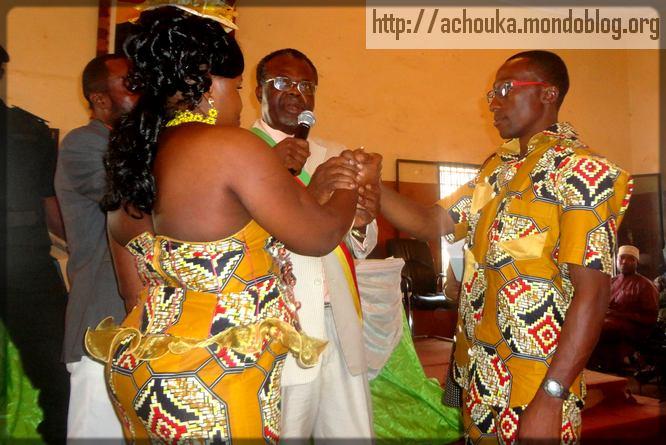 mariage collectif à la mairie