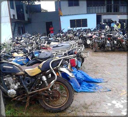 motos à la fourrière