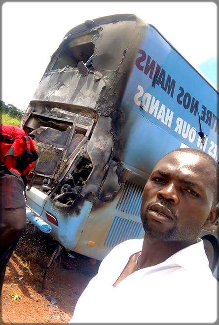 le bus du candidat Serge Espoir Matomba