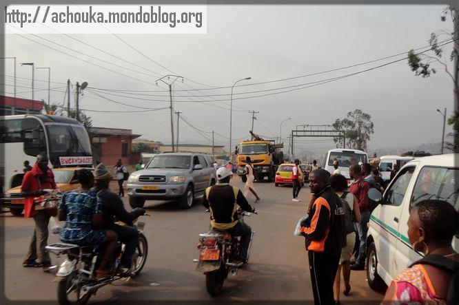une rue de Yaoundé