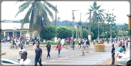jeunes violents dans les rues de Sangmélima le 9 octobre 2019