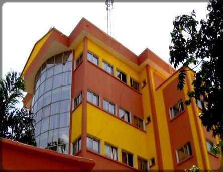 immeuble de Vision 4 à Nsam