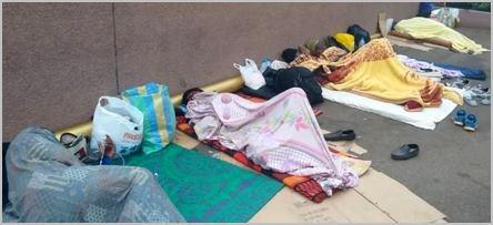 Des docteurs camerounais qui dorment devant le ministère