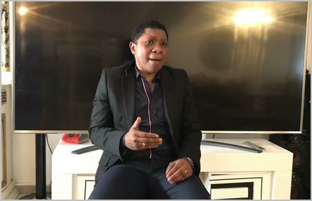J. Rémy Ngono dans un direct sur Facebook